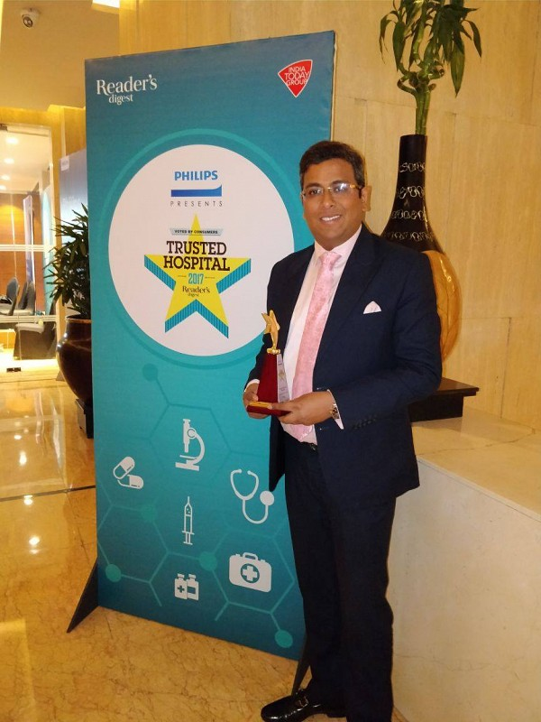CHC awarded with Reader's Digest Award for the most trusted Cancer Hospital in Delhi NCR.